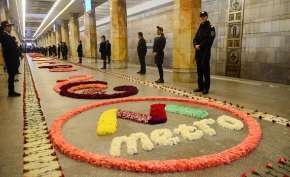 Metrolarda qatarlar 1 dəqiqə dayandırılacaq