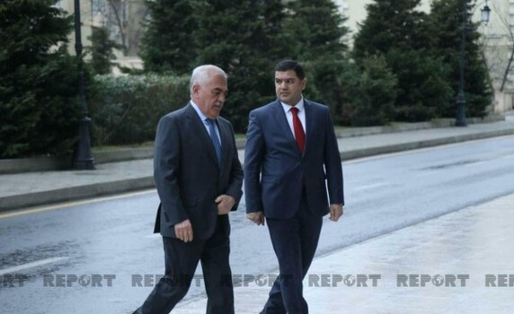 Ramiz Mehdiyev və Vasif Talıbov YAP-ın qurultayına gəldi - FOTO
