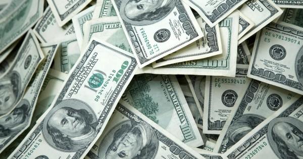 ŞOK: Ölkədə dollar sürətlə QALXDI