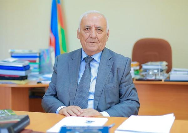 """Yaqub Mahmudov 1-ci dərəcəli """"Əmək"""" ordeni ilə təltif edilib"""