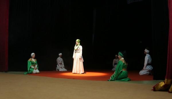 """Gəncə Dövlət Dram Teatrında MÖHTƏŞƏM PREMYERA -""""Xərabət gözəli""""- FOTOREPORTAJ"""