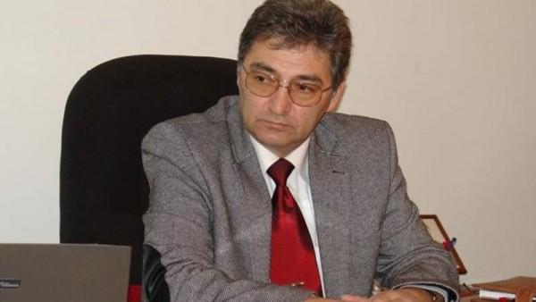 Akif Əli işdən çıxarıldı - SƏRƏNCAM