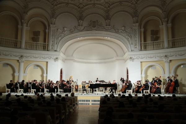 Musiqi məktəbi hesabat konserti keçirib (FOTO)