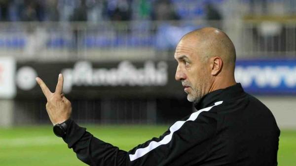 """Neftçi"""" qorxaq futbol oynamır - Bordin"""