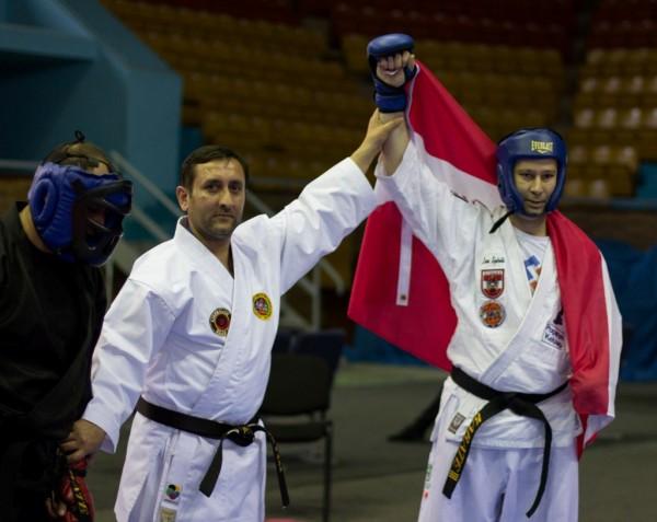 Azərbaycanlı Diaspora sədri Karate üzrə dünya çempionu oldu.