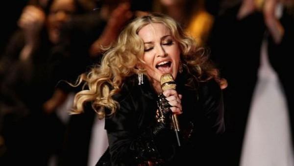 """Madonnanı """"Avroviziya"""" müsabiqəsini baykot etməyə çağırdılar"""