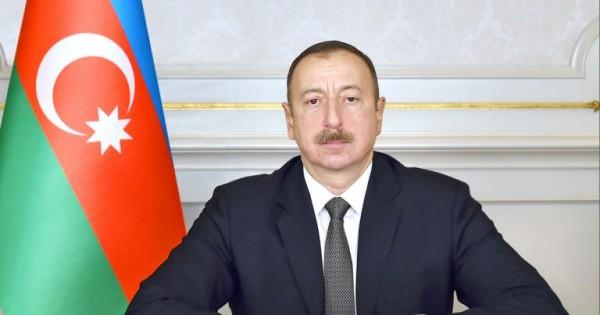 İlham Əliyev səhiyyə sistemindən danışdı
