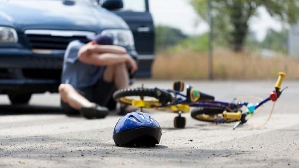 """""""VAZ"""" velosiped sürücüsünü vurub öldürdü"""