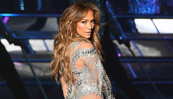 Cennifer Lopezin Türkiyədəki konsertinə görə aldığı pulun miqdarı bilindi