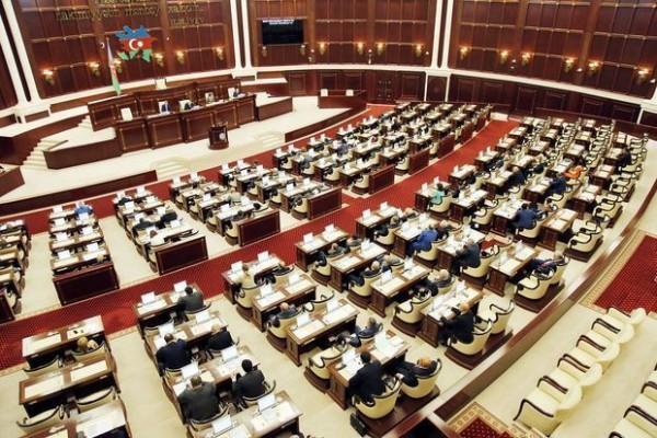 TƏCİLİ: Milli Məclis bu gün yeni Baş nazir seçəcək