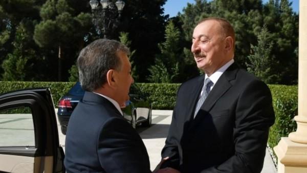 İlham Əliyev Özbəkistan Prezidenti ilə görüşdü - FOTO