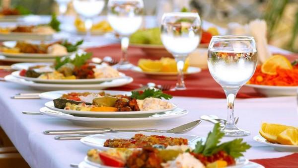 Nazirlik Bakıdakı bu məşhur restoranlarla bağlı XƏBƏRDARLIQ ETDİ