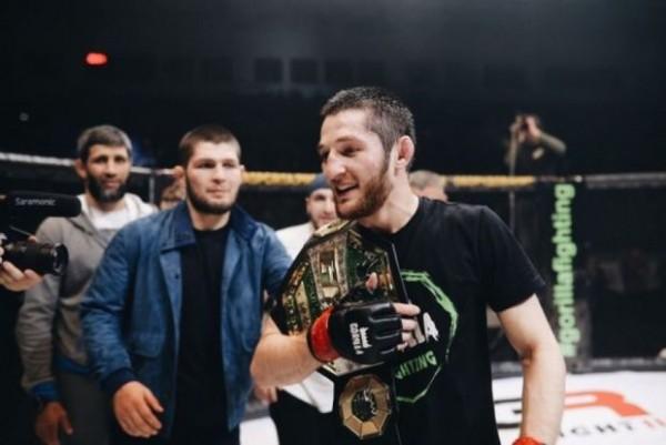 MMA döyüşçüsü Nurməhəmmədovun atasına müraciət etdi