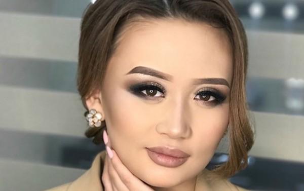 Qırğızıstanın məşhur müğənnisi yol qəzasından sonra komaya düşdü - Video