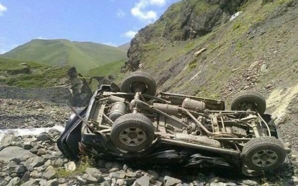 Şamaxıda avtomobil dərəyə aşdı — Sərnişin ağır yaralandı