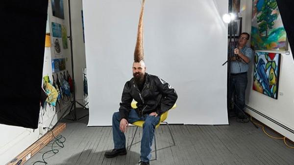 Fərqli saç modeli ilə Rekordlar Kitabına girdi