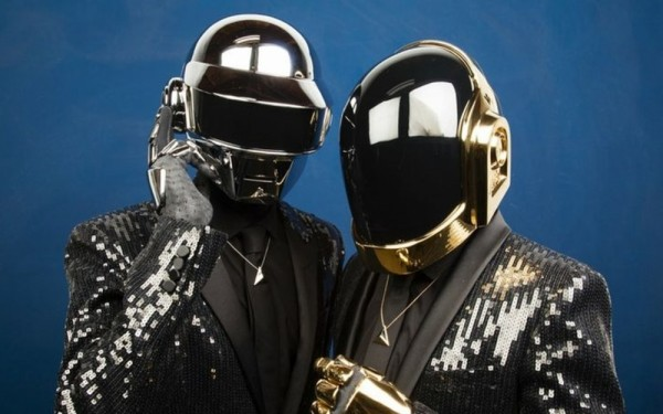 """Daft Punk"" qrupu dağıldı"