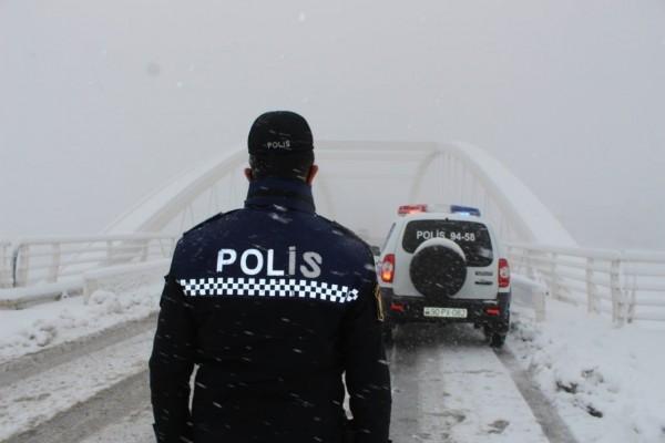 Yol polisi hava ilə bağlı sürücü və piyadalara müraciət etdi