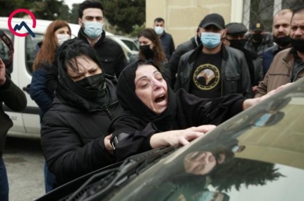 Rəmiş son mənzilə yola salındı - Fotolar