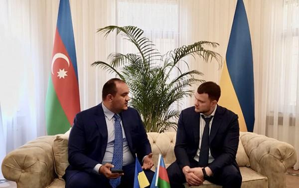Fəxri Konsul Vladislav Krikli ilə görüşdü