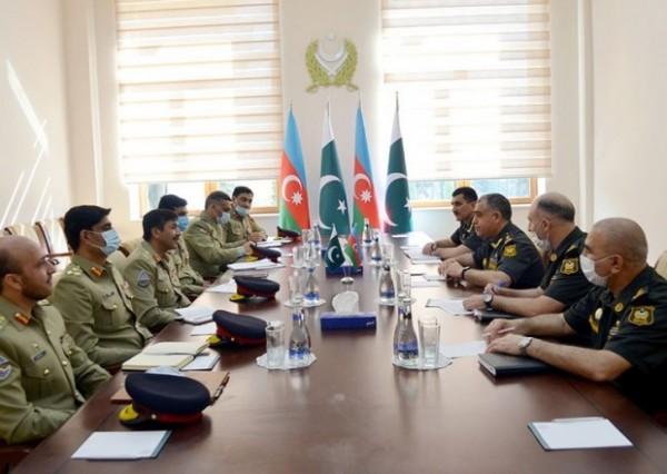 Azərbaycan və Pakistan hərbçiləri əməliyyat planlaşdırmasını müzakirə etdi