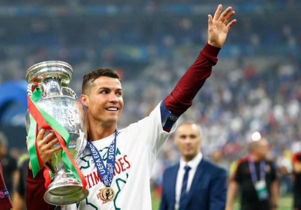 """Ronaldo """"Avro-2020""""də - 3 rekorda doğru"""