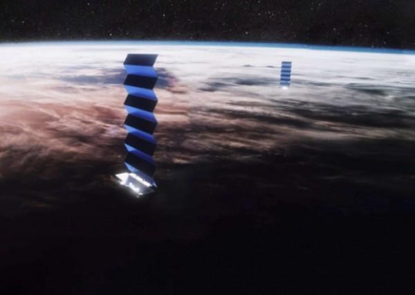"""SpaceX orbitə daha 51 """"Starlink"""" peykini buraxdı"""