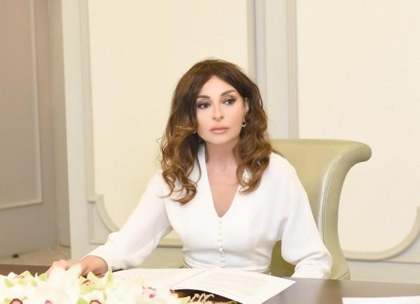 Birinci vitse-prezident Mehriban Əliyeva Milli Musiqi Günü münasibətilə paylaşım edib - FOTO