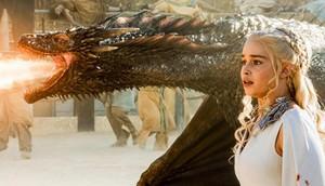 """""""Game of Thrones"""" serialında  populyarlaşan Emiliya Klarkdan ÜZÜCÜ XƏBƏR GƏLDİ - """"Beynimdəki şişlər iki dəfə böyüdü"""""""