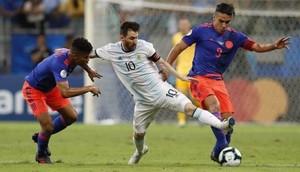 Amerika Kuboku: Kolumbiya Argentinanı məğlub etdi