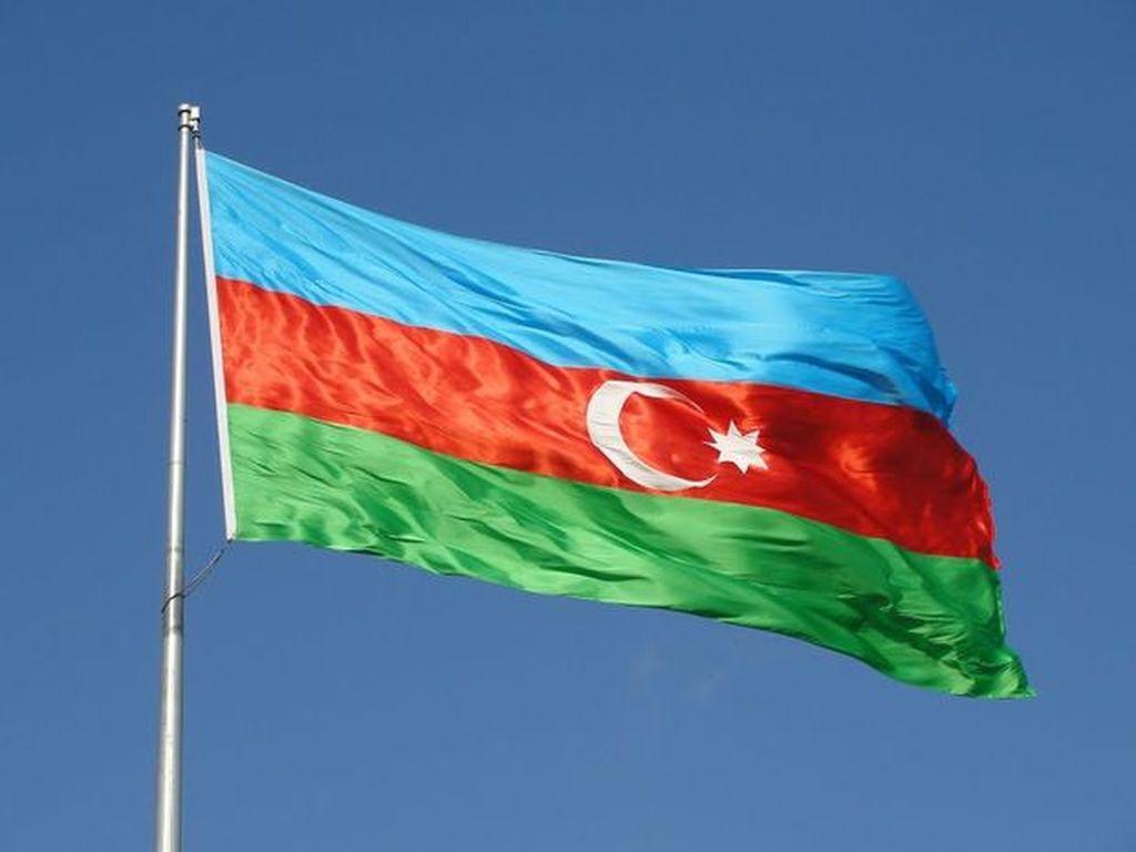 Dövlət bayrağı ilə bağlı qaydalar sərtləşdirildi