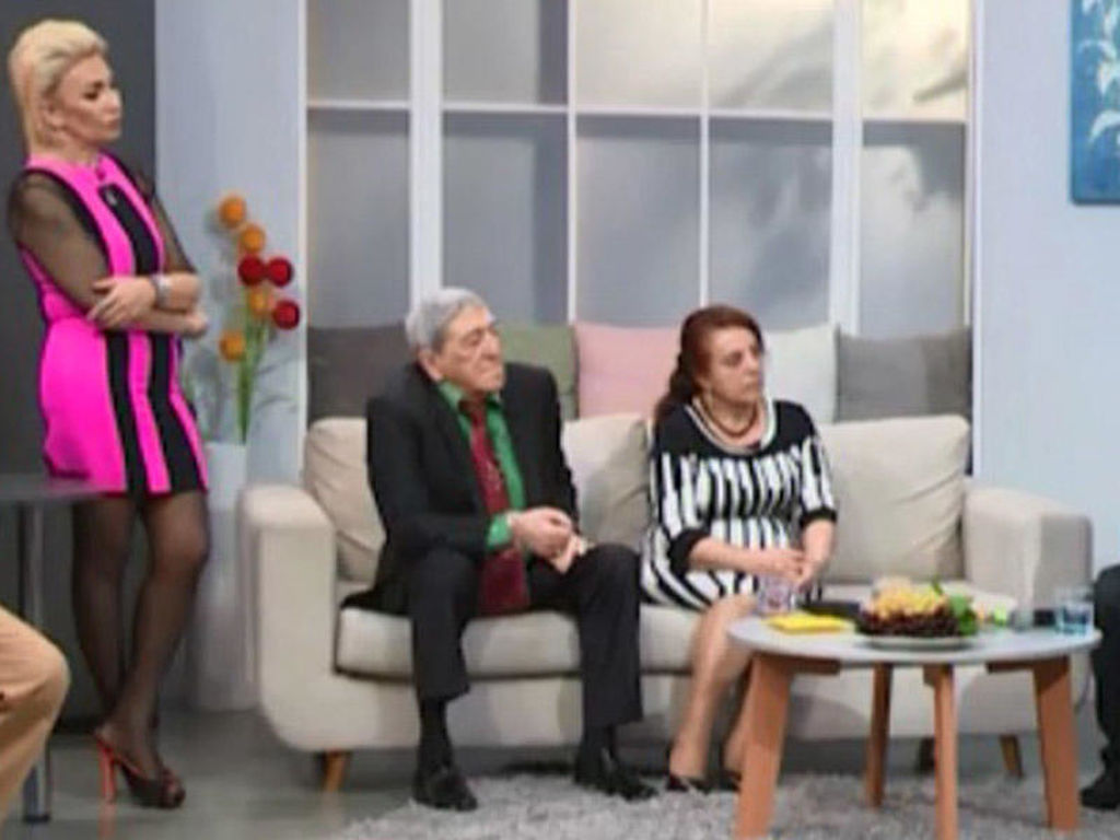 57 yaşlı azərbaycanlı aktrisa qısa geyimi ilə yaşına meydan oxuyur - FOTO